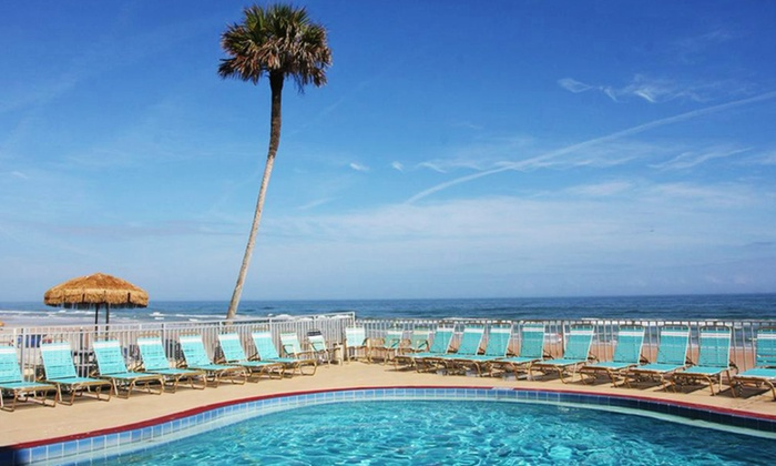 Makai Beach Lodge - Ormond Beach, FL: Stay for Up to Four at Makai Beach Lodge in Florida; Dates Available into November
