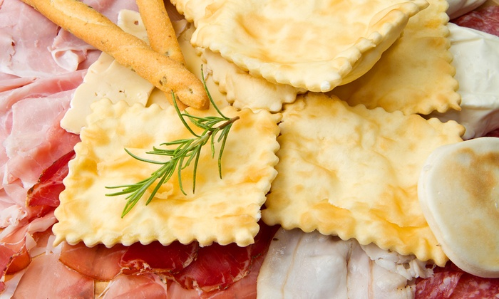 Pub Locanda Dello Hobbit - Barasso: Menu con gnocco fritto e taglieri di salumi all you can eat e birra (sconto fino a 84%)