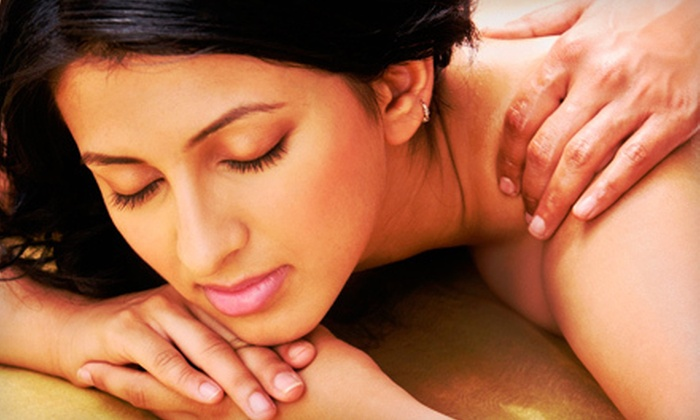 Hue Spa - Willowdale: One or Two 60-Minute Detox Deep-Tissue Massages at Hue Spa (Up to 59% Off)