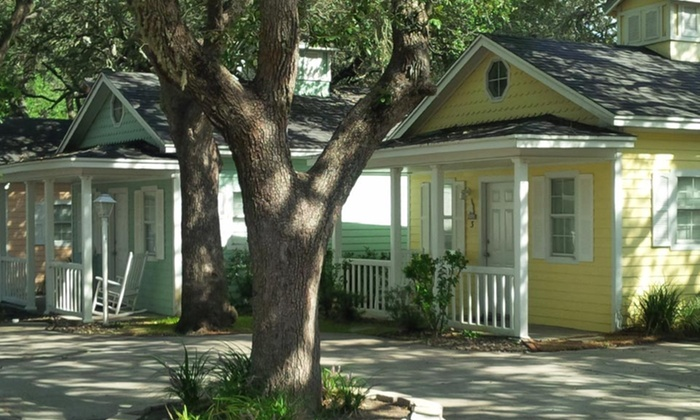 Pelican Bay Resort - Fulton, TX: Stay at Pelican Bay Resort in Fulton, TX. Dates into January Available.