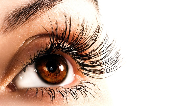 LadyLash Cafe - Commerce: Individual or Full Cycle Skinny Lash Extensions with Optional Refills (Up to 66% Off)