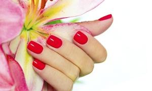 Beauté des mains, pose de vernis semi-permanent