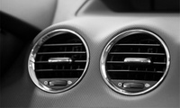Ozonbehandlung zur Geruchsneutralisation für Pkw, opt. mit Innenraumfilterwechsel, bei Automobil AG (bis zu 67% sparen*)