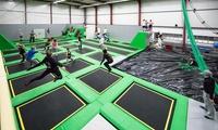 Tageseintritt in die Funsporthalle mit Ninja Parcours  Akrobatik und Kursen für 2-5 Personen bei MAD (50% sparen*)