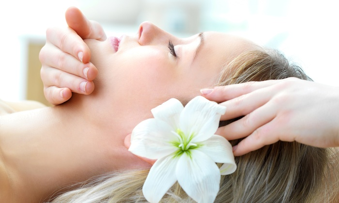 Namaste Massage - Mission Valley East: $42 for a 60-Minute Swedish Massage at Namaste Massage ($75 Value)