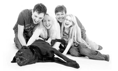 Family or Couple's Photoshoot With Prints for £14 at Kline Studios
