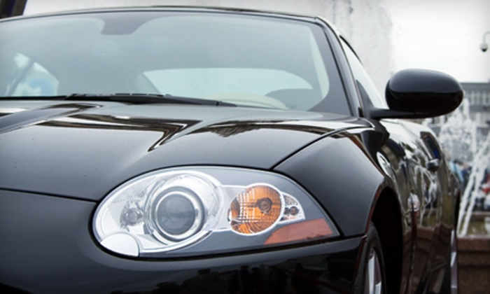Willamette Valley Glass - Willow Creek: Windshield-Chip Repair, Headlight Restoration, or $39 for $100 Toward Windshield Replacement at Willamette Valley Glass