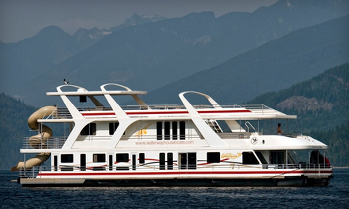 Waterway Houseboat Vacations - Sicamous: $499 for a Houseboat Trip May 1–17 for Up to 10 or $1,001.25 Rental Credit from Waterway Houseboat Vacations in Sicamous