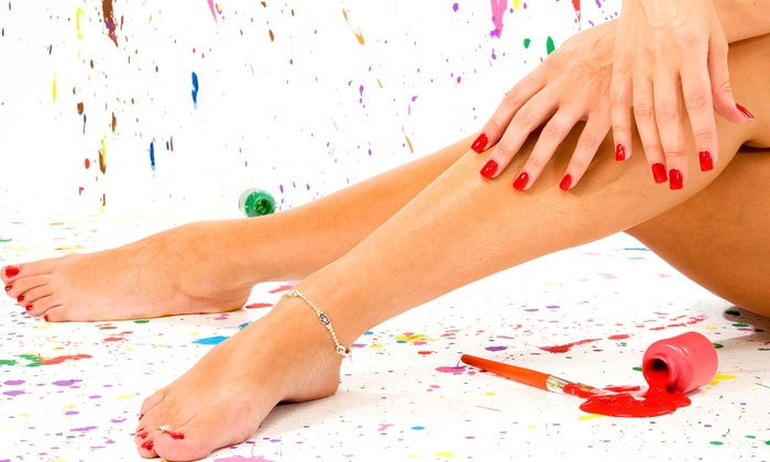 L.A. Quinn MD - Jacksonville Beach: $149 for Consultation with Three Sclerotherapy Spider-Vein Removal Treatments at L.A. Quinn MD ($900 Value)
