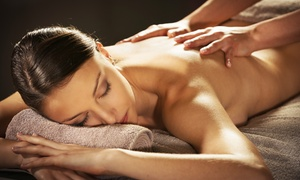 Gesundheitszentrum EINKLANG: 120 Minuten Ganzkörpermassage nach der Methode TouchLife im Gesundheitszentrum EINKLANG ab 39,90 €