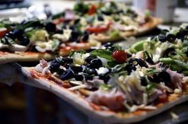 Papa Primoz Pizza: $6 for $10 Worth of Pizza — Papa Primoz Pizzaria