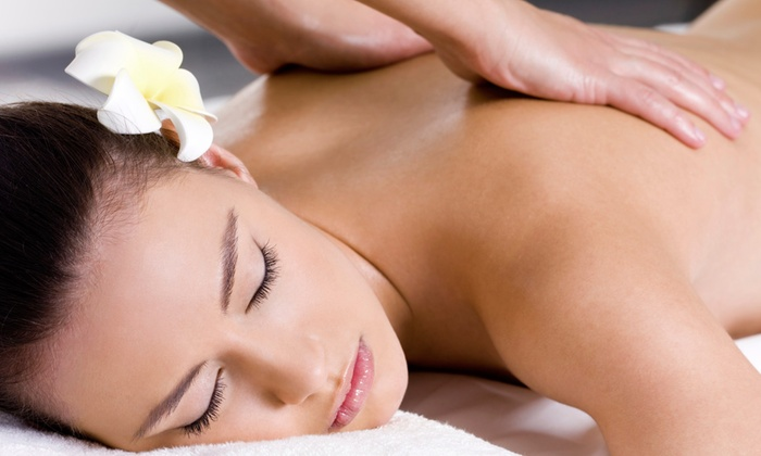 The Si Spa - Snoqualmie: 50-Minute Si Massage, Age Smart Facial, or Both at The Si Spa (Up to 63% Off)