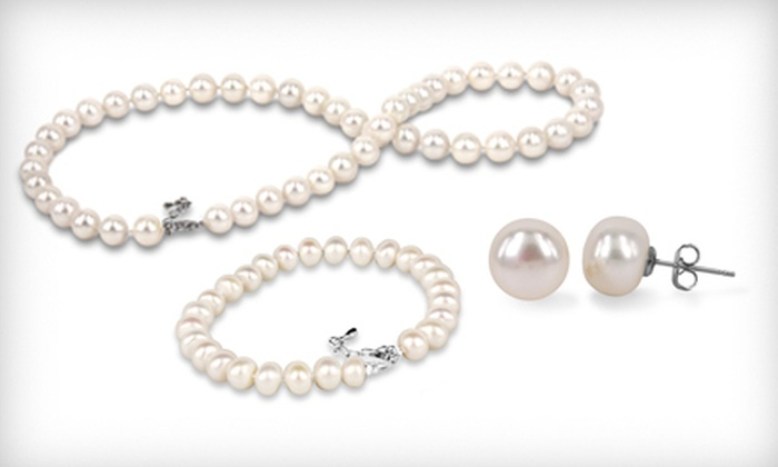 Pearl Jewelry Set: $29 for a Necklace, Earrings, and Bracelet with White or Black Pearls ($295 List Price). Free Shipping.