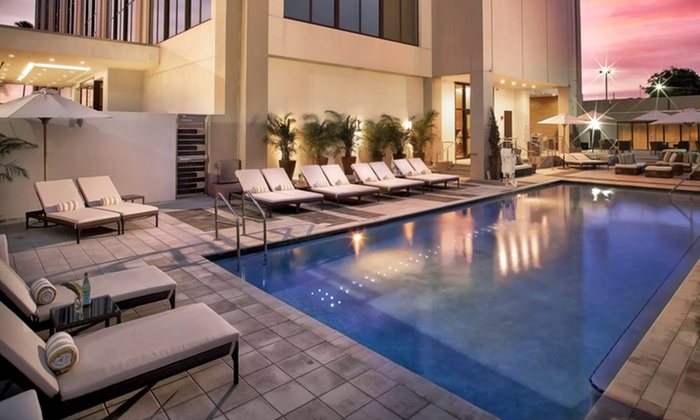 EB Hotel Miami - Miami Springs, FL: Stay with Breakfast Buffet for up to two adults per day at EB Hotel Miami in Miami, with Dates into October