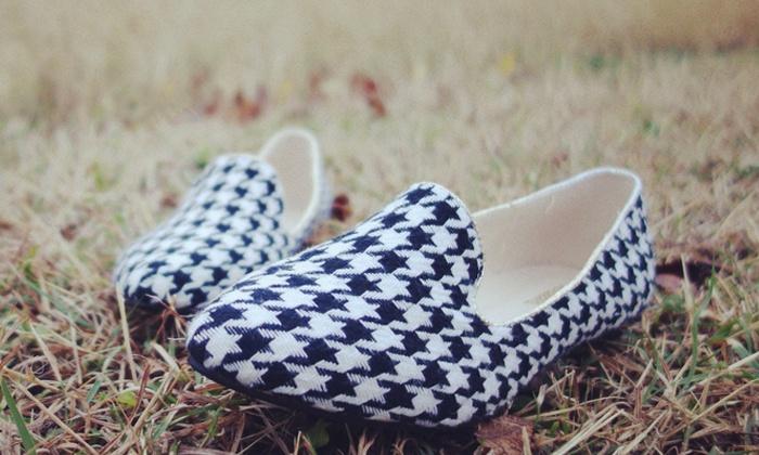 Nova Footwear - North Austin Civic Association: $20 for $40 Worth of Shoes at Nova Footwear