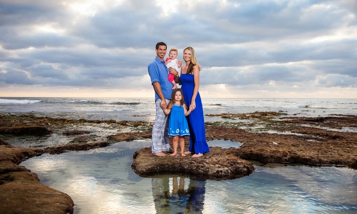 Spotlight Studios - San Diego: $69 for a One-Hour Sunset Family Portrait Session for Up to Six from Spotlight Studios ($400 Value)