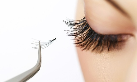 Full Set of Eyelash Extensions for £39 at Clerkenwells Hair& Beauty (35% Off)