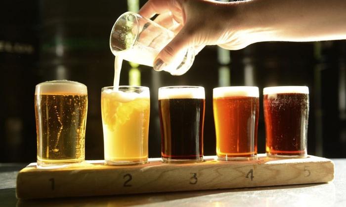 Dégustation de 5 bières pour 2 ou 4 personnes dans 3 établissements au choix dès 16,90 € avec Bières et Chopes