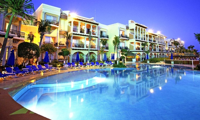 Playa del Carmen Vacation with Airfare from Vacation Express: 5-, 6-, or 7-Night All-Inclusive Stay at Gran Porto Real with Airfare