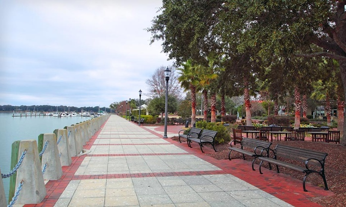 Comfort Suites - Beaufort, SC: Stay at Comfort Suites in Beaufort, SC. Dates Available into November.