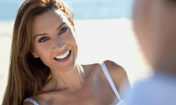 Transparent Smiles - Multiple Locations: 60-Minute Da Vinci Teeth-Whitening Session with a Whitening Pen for One or Two at Transparent Smiles (Up to 81% Off)