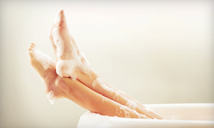 Victoria Med Spa - Kirkman South: One or Three Detoxifying Ionic Footbaths at Victoria Med Spa (Up to 67% Off)