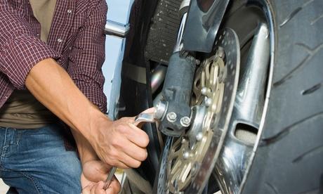 Revisión de moto o scooter hasta 125 cc, 250 cc o más de 250 cc con cambio de aceite y lavado desde 19,95 € en Moticos