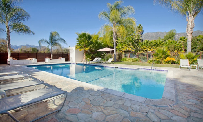 The Capri Hotel - Ojai, CA: One- or Two-Night Stay for Two with Two Glasses of Wine or Beer at The Capri Hotel in Ojai, CA
