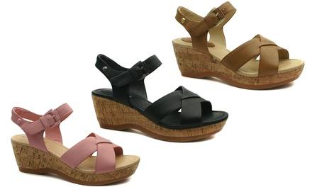 Hush Puppies Eva Farris Leather Wedges in Choice of Colours for £29.99 With Free Delivery (48% Off)