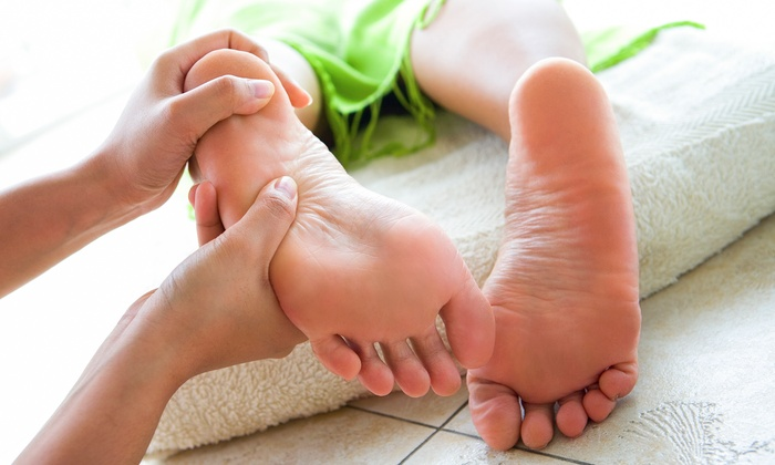Live It Up Spa - Newnan: 60-Minute Foot Reflexology Session from Live It Up Spa   (68% Off)