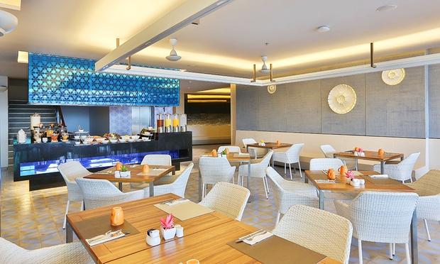 Phuket: Eastin Yama Hotel+Flights 2