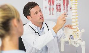 Trauma & Postural Clinic Center: Visita posturale e seduta di osteopatia per una o 2 persone da Trauma & Postural Clinic Center (sconto fino a 88%)