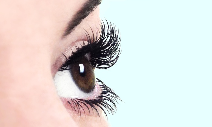 Eyelash Canada - Multiple Locations: One Set of Lower or Upper Eyelash Extensions at Eyelash Canada (Up to 50% Off)