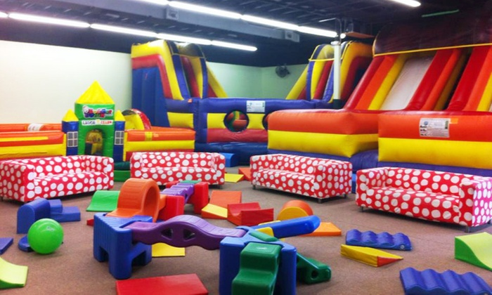 Brinca! - South Side: 5, 10, or 20 One-Hour Jump Passes at Brinca! (Up to 56% Off)