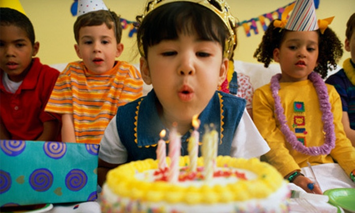 Wonderland Family Fun Center - Spokane: $75 for a Premiere Birthday-Party Package for Up to 10 Kids at Wonderland Family Fun Center ($149.90 Value)