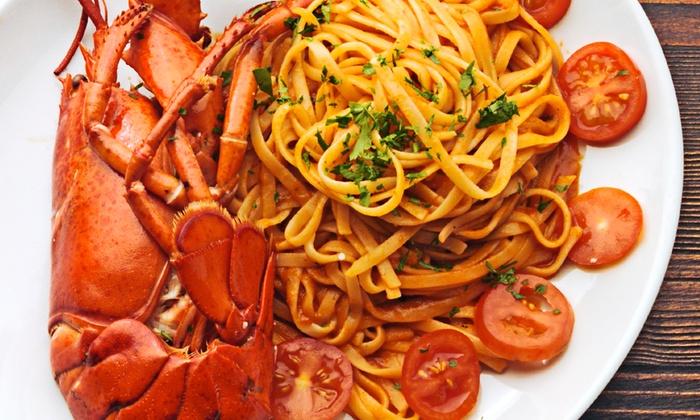 Bithia - Domus De Maria (CA): Menu di pesce con spaghetti all'astice, frittura e vino a due passi dal mare a 34,90 €