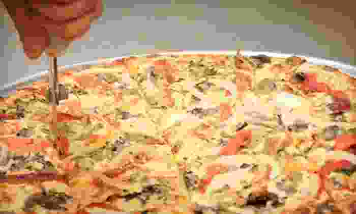 Armand's Pizzeria - Elmwood Park: $20 Off Your Bill at Armand's Pizzeria. Two Options Available.