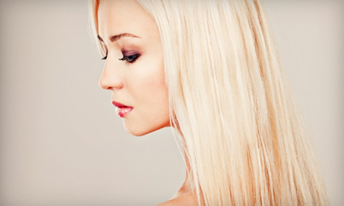 Voir Salon & Spa - University Place: $99 for a Brazilian Blowout at Voir Salon & Spa ($300 Value)