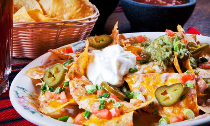 Taqueria El Rodeo - Oak Forest: $11 for a Nacho Meal for Two with Soda, Beer, or Margaritas at Taqueria El Rodeo (Up to $21.97 Value)