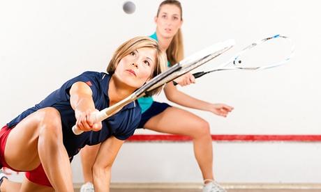 60 Min. Squash inkl. Schlägern, Bällen und Mineralgetränk für Zwei im Squash-Center Königsbrunn  in Hinte
