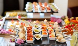 Forn Mari - Catmari: Servicio de catering de 144, 288 o 432 piezas para 12, 24 o 36 personas desde 39,90 € en Forn Mari - Catmari