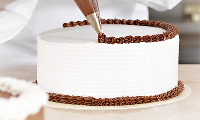 Lesi's Kitchen - Southeast Calgary: Three-Hour Introduction to Cake Decorating Class for One or Two at Lesi's Kitchen (Up to 56% Off)