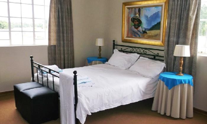 Hartland on Vaal - Vanderbijlpark: Johannesburg: Accommodation for Up to Four at Hartland On Vaal