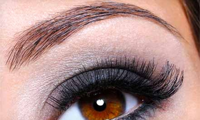 Miracle Eyebrows - Clearwater: $5 for One Eyebrow-Threading Session at Miracle Eyebrows ($12 Value)