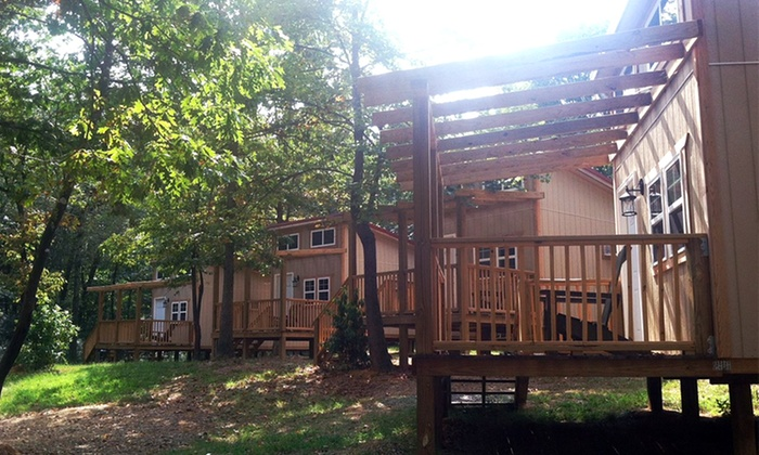 Adventures Unlimited - Ocoee: $125 for a Two-Night Stay in a Four-Person Bungalow from Adventures Unlimited ($250 Value)