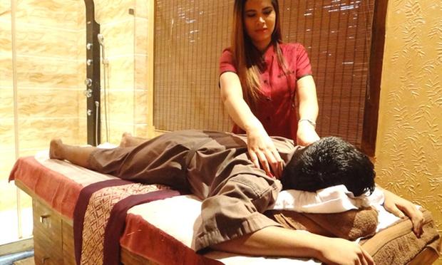 Full Body Massage Haircut Manicure Amp More At Lavana Spa
