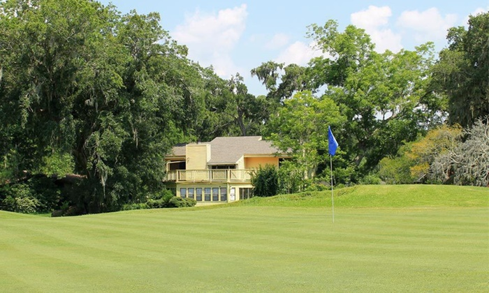 Columbia Lakes Golf Resort - Brazoria-West Columbia: One-Night Stay with Optional Round of Golf at Columbia Lakes Golf Resort in West Columbia, TX