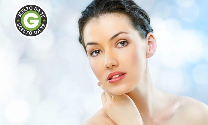 Estetica Elisir - ESTETICA ELISIR: Una, 3 o 5 sedute con ossigeno iperbarico per il viso da 19 €