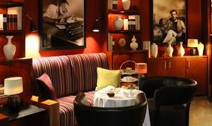 The Charles Hotel - Library Lounge: Afternoon Tea mit Etagere nach Wahl, opt. mit 1 Glas Champagner, für 1 oder 2 Personen im The Charles Hotel