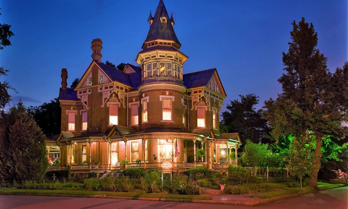 The Empress of Little Rock - Little Rock, AR: 2-Night Stay with Champagne and Chocolates at The Empress of Little Rock in Arkansas